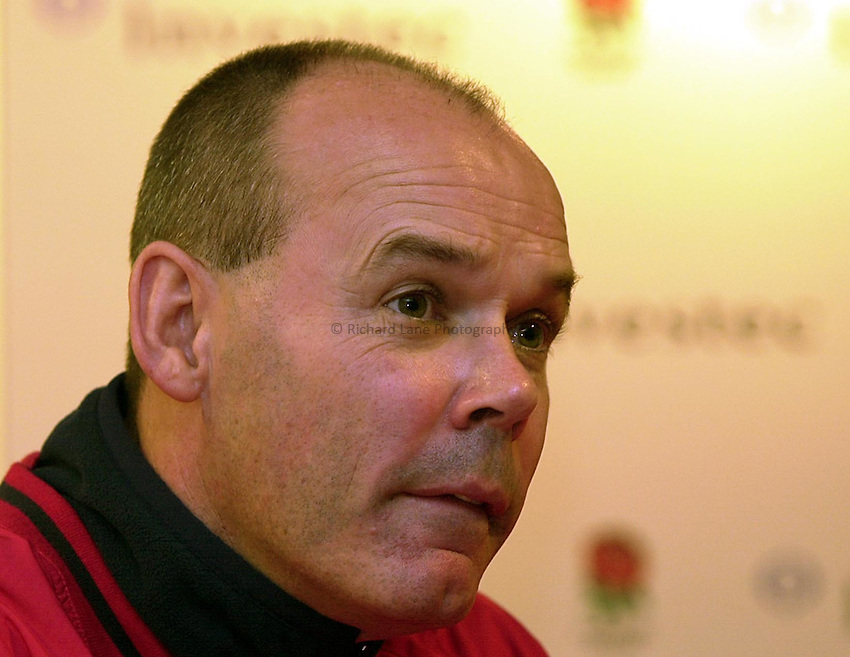 Photo Ken Brown.1.12.2000 England Press Conference at Twickenham.Clive Woodward