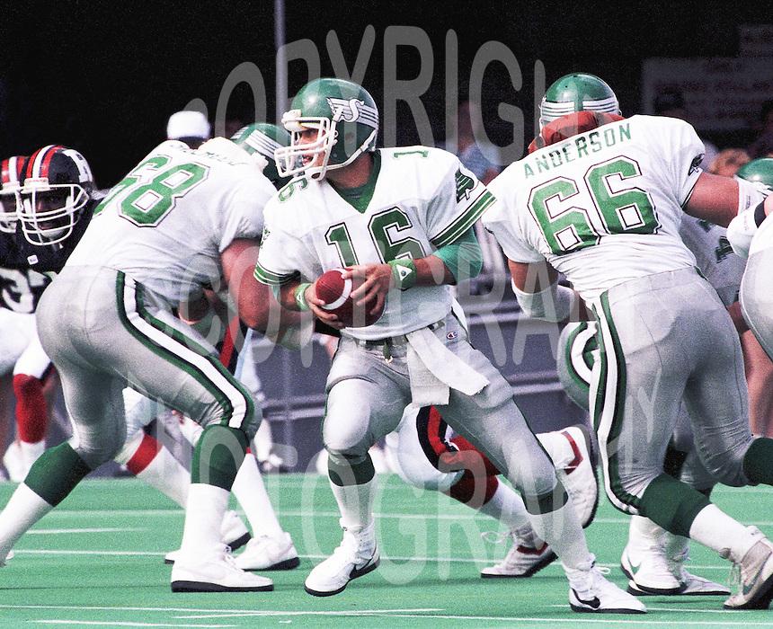 Tom Burgess Saskatchewan Roughriders quarterback 1987. Copyright photograph Scott Grant