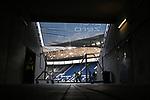 Blick in das leere Stadion. Im Vordergrund stehen Ordner mit Maske.<br /> <br /> Sport: Fussball: 1. Bundesliga: Saison 19/20: 28. Spieltag: TSG 1899 Hoffenheim - 1. FC Koeln, 27.05.2020<br /> <br /> Foto: Markus Gilliar/GES/POOL/PIX-Sportfotos.<br /> <br /> Nur für journalistische Zwecke! Only for editorial use!<br /> <br /> Gemäß den Vorgaben der DFL Deutsche Fußball Liga ist es untersagt, in dem Stadion und/oder vom Spiel angefertigte Fotoaufnahmen in Form von Sequenzbildern und/oder videoähnlichen Fotostrecken zu verwerten bzw. verwerten zu lassen. DFL regulations prohibit any use of photographs as image sequences and/or quasi-video.