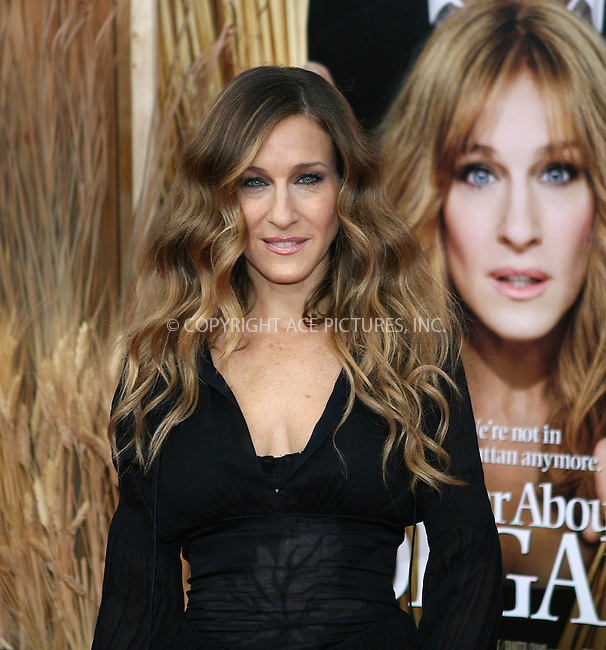 WWW.ACEPIXS.COM . . . . .  ....December 14 2009, New York City....Actress Sarah Jessica Parker at the premiere of 'Did you hear about the Morgans?' at the Ziegfeld Theatre on December 14 2009 in New York City....Please byline: NANCY RIVERA- ACEPIXS.COM.... *** ***..Ace Pictures, Inc:  ..Tel: 646 769 0430..e-mail: info@acepixs.com..web: http://www.acepixs.com