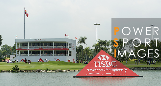 SINGAPORE - MARCH 08:  General view of the 18th hole during the final round of HSBC Women's Champions at the Tanah Merah Country Club on March 8, 2009 in Singapore. Photo by Victor Fraile / The Power of Sport Images