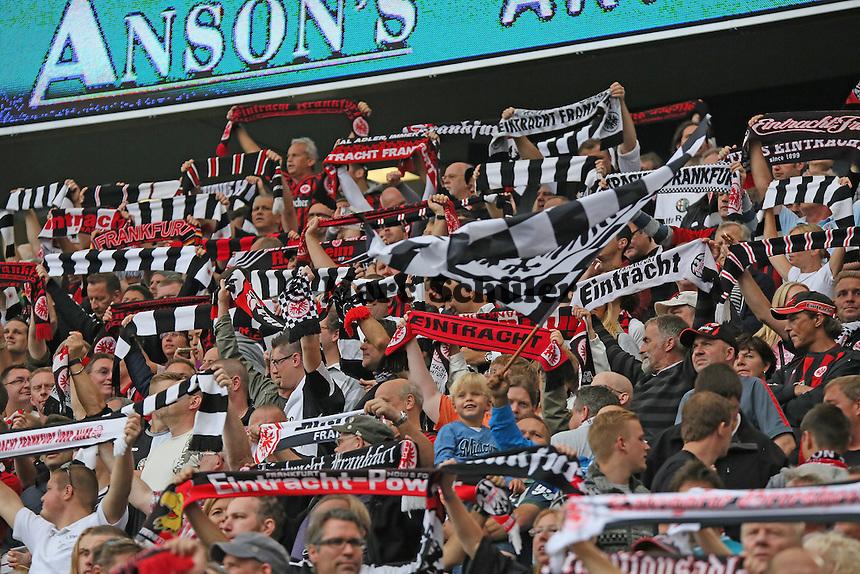 Fans von Eintracht Frankfurt - Eintracht Frankfurt vs. FC Augsburg, Commerzbank Arena