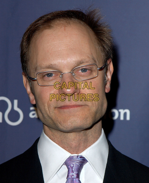 "DAVID HYDE PIERCE.The Alzheimer's Association's 12th Annual ""A Night at Sardi's"" Celebrity Fundraiser held at The Beverly Hilton Hotel in Beverly Hills, California .04 March 2004.*UK Sales Only*.headshot, portrait, glasses.www.capitalpictures.com.sales@capitalpictures.com.©Capital Pictures."