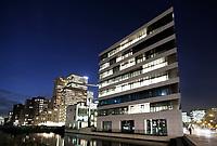 Nederland Amsterdam 2017 . Kantoren en appartementen aan de Zuidas. Foto Berlinda van Dam / Hollandse Hoogte