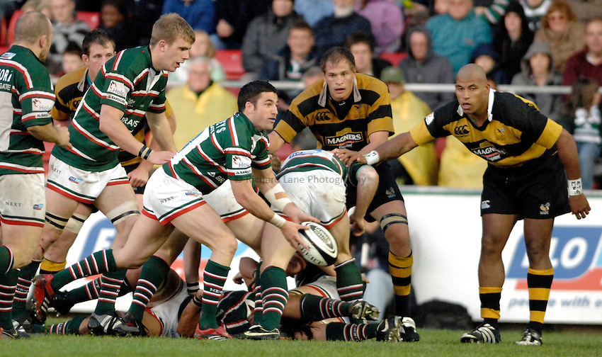 Photo: Richard Lane..Leicester Tigers A v London Wasps A. Guinness A League Final. 07/05/2007. .Tigers' Ian Humphreys passes.