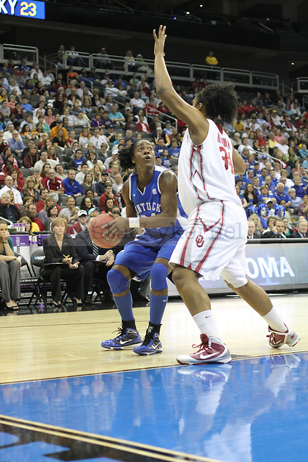 The UK Hoops played the third-seed Oklahoma Sooners in the NCAA Women's Basketball Kansas City Regional Finals on Tuesday, March 30, 2010 at the Sprint Center. Photo by Brandon Goodwin | Staff
