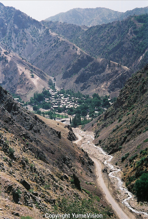 The road between Dushanbe and P'andz in the south east Tajikistan