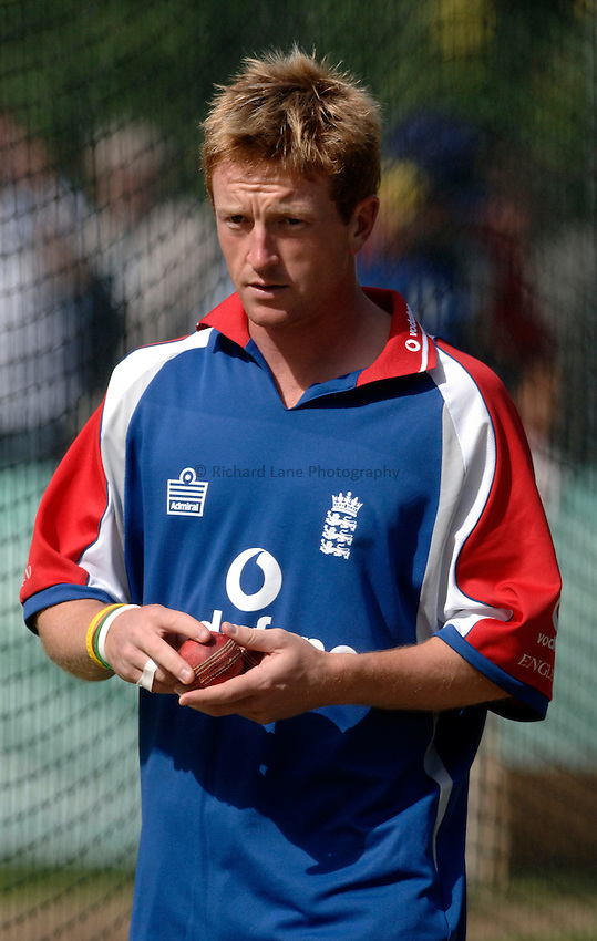 Photo: Glyn Thomas..England training. nPower Test Match Series, The Ashes 2nd Test..03/08/2005..England's Paul Collingwood.