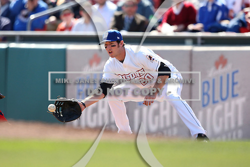 April 14, 2010:  First Baseman Ike Davis of the Buffalo Bisons in the field during a game at Coca-Cola Field in Buffalo, New York.  The Bisons are the Triple-A International League affiliate of the New York Mets.  Photo By Mike Janes/Four Seam Images