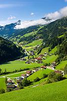 Oesterreich, Salzburger Land, Pongau, Grossarltal mit den Hohen Tauern | Austria, Salzburger Land, region Pongau: valley Grossarltal with Hohe Tauern mountains