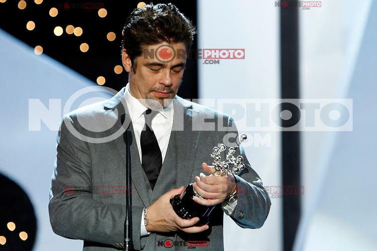 Puerto Rician actor Benicio del Toro receives the Donostia Award during the 62st San Sebastian Film Festival in San Sebastian, Spain. September 26, 2014. (ALTERPHOTOS/Caro Marin)