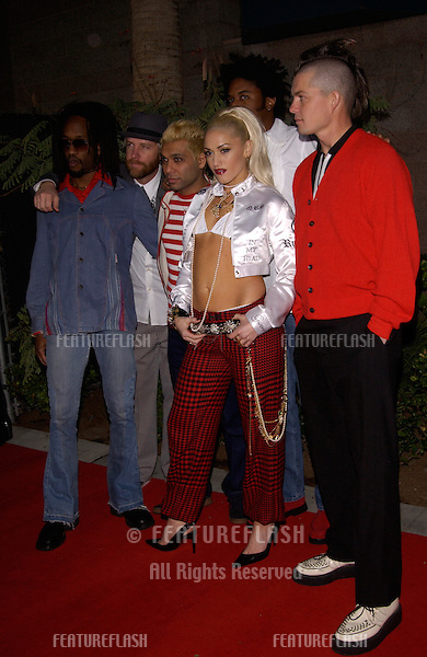 Pop group NO DOUBT with lead singer GWEN STEFANI at the Billboard Music Awards at the MGM Grand, Las Vegas..04DEC2001..© Paul Smith/Featureflash