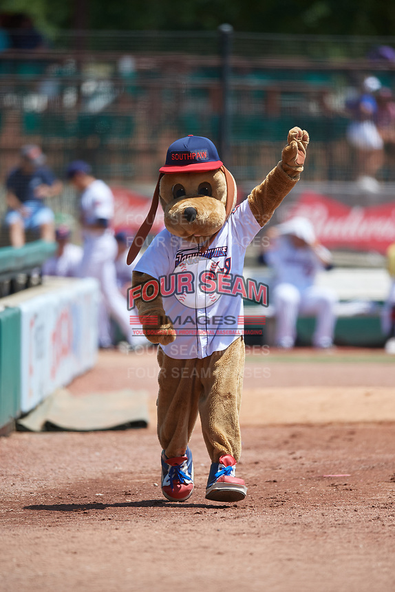 Jacksonville Jumbo Shrimp Southpaw waves to the crowd during a Southern League game against the Tennessee Smokies on April 29, 2019 at Baseball Grounds of Jacksonville in Jacksonville, Florida.  Tennessee defeated Jacksonville 4-1.  (Mike Janes/Four Seam Images)