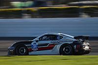 #31 Bodymotion Racing Porsche Cayman GT4 MR, GS: Pete McIntosh
