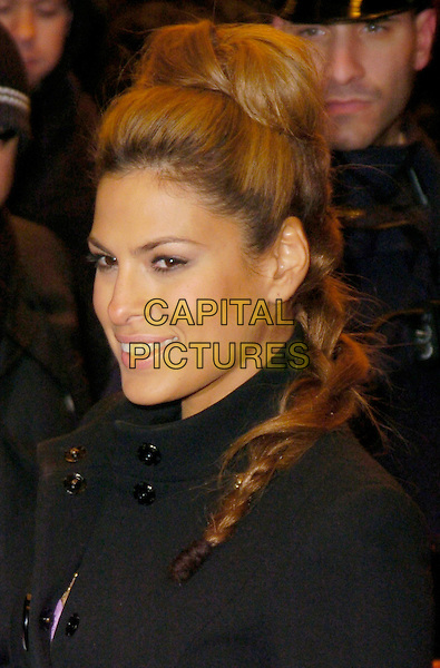 "EVA MENDES.At the Premiere of ""Ghost Rider"" held at Lowes 42nd Street E-Walk Theater, New York, New York, USA, .15 February 2007..portrait headshot.CAP/ADM/BL.©Bill Lyons/AdMedia/Capital Pictures. *** Local Caption ***"