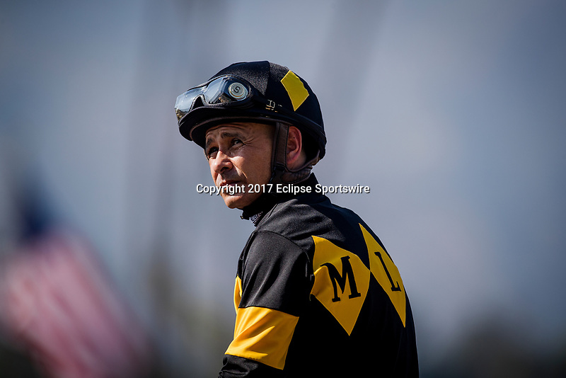 ARCADIA, CA - JUNE 03: Mike Smith before the Beholder Mile Stakes at Santa Anita Park  on June 03, 2017 in Arcadia, California. (Photo by Alex Evers/Eclipse Sportswire/Getty Images)