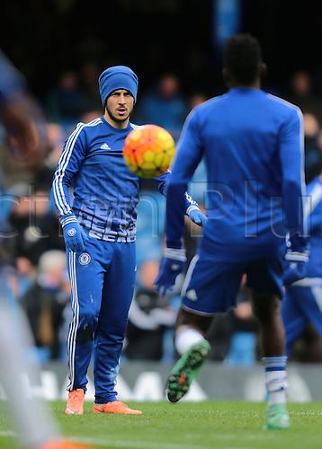 05.03.2016. Stamford Bridge, London, England. Barclays Premier League. Chelsea versus Stoke City. Chelsea Midfielder Eden Hazard warms up before the match