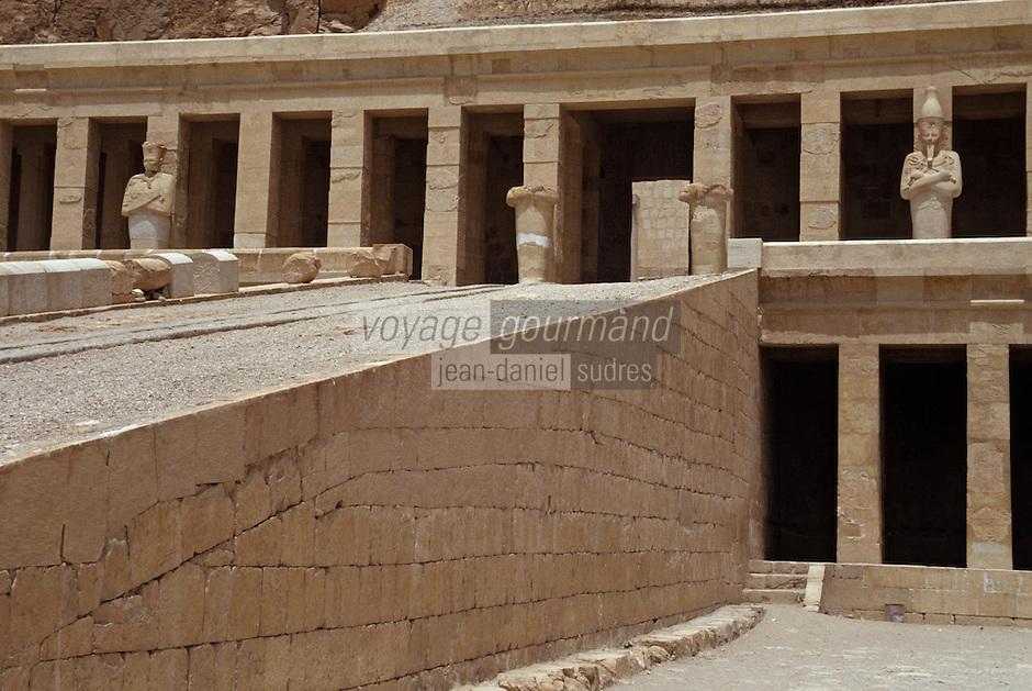 Afrique/Egypte/Louxor/Ancienne Thèbes: Temple d'Hatchepoust à Deir El Bahari