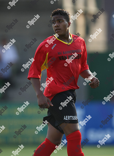 2008-07-29 / Voetbal / seizoen 2008-2009 / Kapellen FC / Dona Liongo Nkunku..Foto: Maarten Straetemans (SMB)
