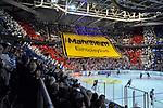 Choreografie der Adler Mannheim Fans beim Spiel in der DEL, Adler Mannheim (blau) - Duesseldorfer EG (gelb).<br /> <br /> Foto © PIX-Sportfotos *** Foto ist honorarpflichtig! *** Auf Anfrage in hoeherer Qualitaet/Aufloesung. Belegexemplar erbeten. Veroeffentlichung ausschliesslich fuer journalistisch-publizistische Zwecke. For editorial use only.