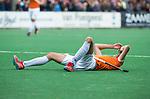 BLOEMENDAAL   - Hockey -  3e en beslissende  wedstrijd halve finale Play Offs heren. Bloemendaal-Amsterdam (0-3). Teleurstelling bij  Xavi Lleonart  (Bldaal) .   Amsterdam plaats zich voor de finale.  COPYRIGHT KOEN SUYK