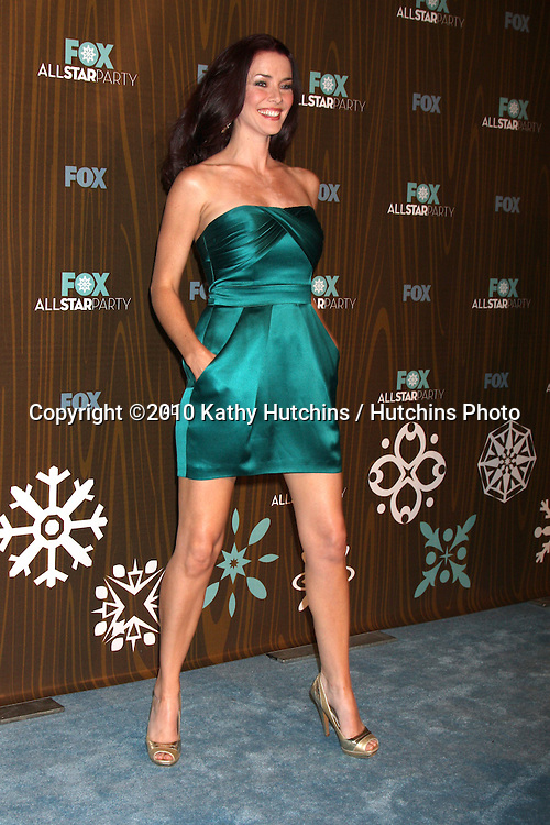 Annie Wersching.arriving at the 2010 Winter Fox TCA Party .Villa Sorisso Resturant.Pasadena, CA.January 11, 2010.©2010 Kathy Hutchins / Hutchins Photo....