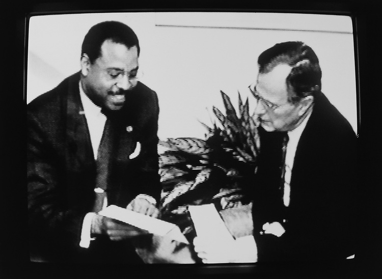 Former Mayor Ken Blackwell meeting with President George H. W. Bush broadcasted on television while campaigning on Oct. 8, 1990. (Photo by Laura Patterson/CQ Roll Call via Getty Images)