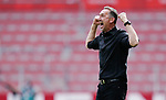 Jubel, Trainer Achim Beierlorzer (Mainz)<br /><br />Sport: Fussball: 1. Bundesliga:: nphgm001:  Saison 19/20: 33. Spieltag: 1. FSV Mainz 05 vs SV Werder Bremen 20.06.2020<br />Foto: Wagner/Witters/Pool//via gumzmedia/nordphoto<br /><br /><br /> DFL REGULATIONS PROHIBIT ANY USE OF PHOTOGRAPHS AS IMAGE SEQUENCES AND OR QUASI VIDEO<br />EDITORIAL USE ONLY<br />NATIONAL AND INTERNATIONAL NEWS AGENCIES OUT