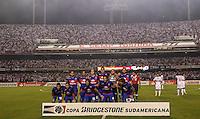 ATENCAO EDITOR IMAGEM EMBARGADA PARA VEICULOS INTERNACIONAIS - SAO PAULO, SP, 12 DEZEMBRO 2012 - COPA SUL-AMERICANA - SAO PAULO X TIGRE - Jogadores do Tigre durante partida contra o Sao Paulo FC pela final da Copa Sul-Americana, no estádio Cicero Pompeu de Toledo o Morumbi na regiao sul da capital paulista na noite desta quarta-feira, 12. (FOTO: WILLIAM VOLCOV / BRAZIL PHOTO PRESS).