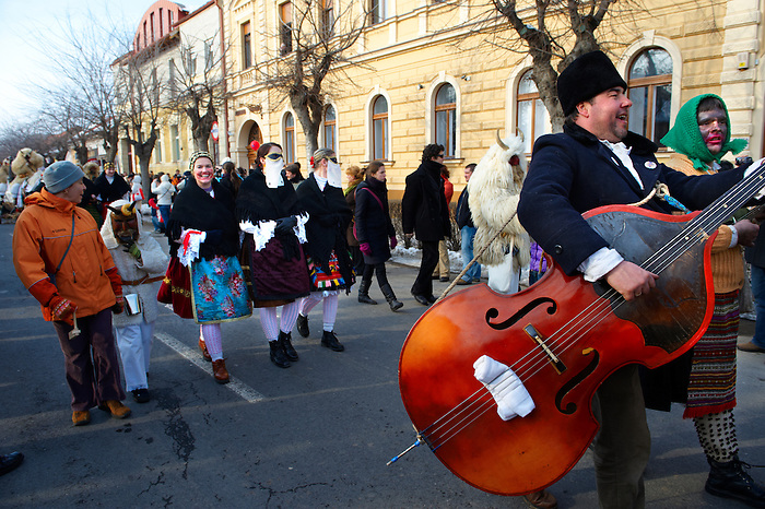Hungarian Sokácok musicians  on the Tuesdayprocession of the Busojaras Spring  festival 2010 Mohacs Hungary - Stock photos
