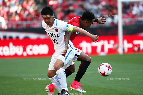 (L to R) Mitsuo Ogasawara (Antlers),  Rafael Silva (Reds),<br /> MAY 4, 2017 - Football / Soccer : 2017 J1 League match between Urawa Red Diamonds 0-1 Kashima Antlers at Saitama Stadium 2002 in Saitama, Japan. (Photo by Jun Tsukida/AFLO SPORT)