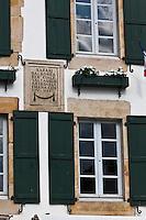 Europe/France/Aquitaine/64/Pyrénées-Atlantiques/Pays-Basque/Sare: Détail maison du village