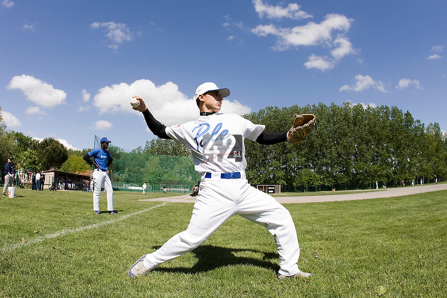 30 April 2008: Mathieu Lapinski of France warms up during the first of seven 2008 MLB European Academy Try-out Sessions throughout Europe, at Stade Kandy Nelson Ball Park, in Toulouse, France. Try-out sessions are run by members of the Major League Baseball Scouting Bureau with assistance from MLBI staff.