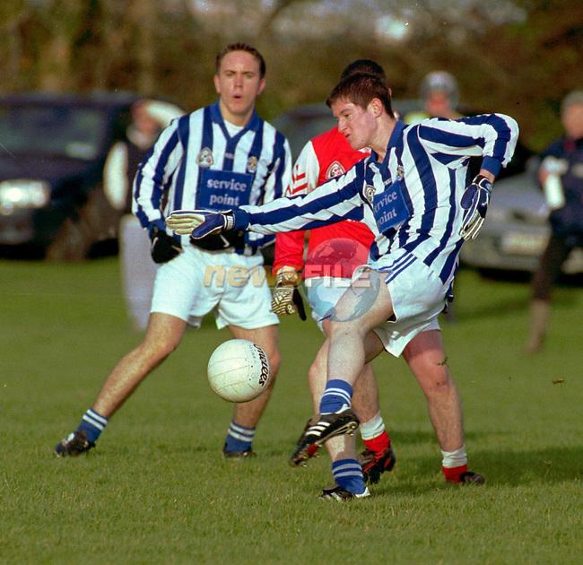 Junior Gaa saturday 2/12/00.;..Ballyboden st Endas V St. Brigids Dermot Walkin(Ballyboden) & Alan Bernie (Brigids). .pics;Paul Nicholls/MediaPix