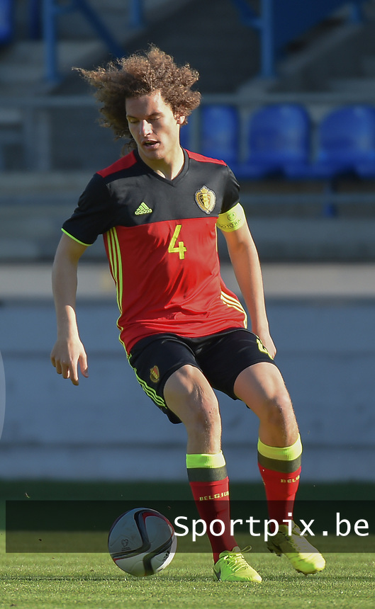 20170323 - BEVEREN , BELGIUM : Belgian Wout Faes pictured during the UEFA Under 19 Elite round game between Sweden U19 and Belgium U19, on the first matchday in group 7 of the Uefa Under 19 elite round in Belgium , thursday 23 th March 2017 . PHOTO SPORTPIX.BE | DIRK VUYLSTEKE