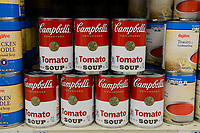 USA, Nebraska, Omaha, Hi-Vee Supermarket, Campbells canned Tomato Soup