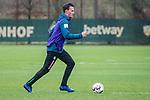 02.12.2018, Trainingsgelaende am Weserstadion, Bremen, GER, 1.FBL, Training SV Werder Bremen<br /> <br /> im Bild<br /> Sebastian Langkamp (Werder Bremen #15), <br /> <br /> Foto © nordphoto / Ewert