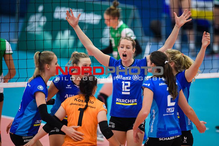 02.12.2018, Halle Berg Fidel, Muenster<br />Volleyball, Bundesliga Frauen, Normalrunde, USC MŸnster / Muenster vs. Allianz MTV Stuttgart<br /><br />Jubel Julia Schaefer (#8 Stuttgart), Paige Tapp (#17 Stuttgart), Roosa Koskelo (#1 Stuttgart), Deborah van Daelen (#12 Stuttgart), Sarah Wilhite (#2 Stuttgart), Madison Bugg (#4 Stuttgart)<br /><br />  Foto © nordphoto / Kurth