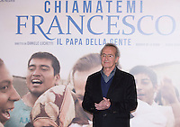 L'attore cileno Sergio Hernandez posa durante un photo call per la presentation del film 'Chiamatemi Francesco - Il Papa della Gente' a Roma, 26 novembre 2015.<br /> Chilean actor Sergio Hernandez poses during a photo call for the presentation of the movie 'Chiamatemi Francesco - Il Papa della Gente' ('Call me Francis - People's Pope) in Rome, 26 November 2015.<br /> UPDATE IMAGES PRESS/Riccardo De Luca