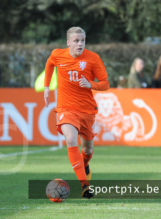 20160326  - Uden , NETHERLANDS : Dutch Donny van de Beek pictured during the soccer match between the under 19 teams of The Netherlands and Northern Ireland , on the second matchday in group 4 of the UEFA Under19 Elite rounds in Uden , Netherlands. Saturday 26 th March 2016 . PHOTO DIRK VUYLSTEKE
