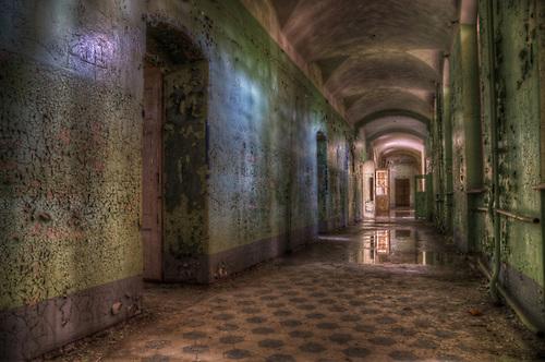 Beelitz Heilstätten in May