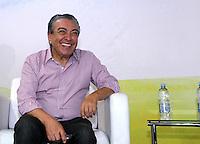 SAO PAULO, SP, 18 DE AGOSTO DE 2012. PELE NA BIENAL DO LIVRO.  O cartunista Mauricio de Sousa durante visita a 22 Bienal do Livro de Sao Paulo para o relançamento do gibi do Pelezinho,  na tarde deste sabado no Pavilhão do Anhembi. FOTO ADRIANA SPACA -BRAZIL PHOTO PRESS