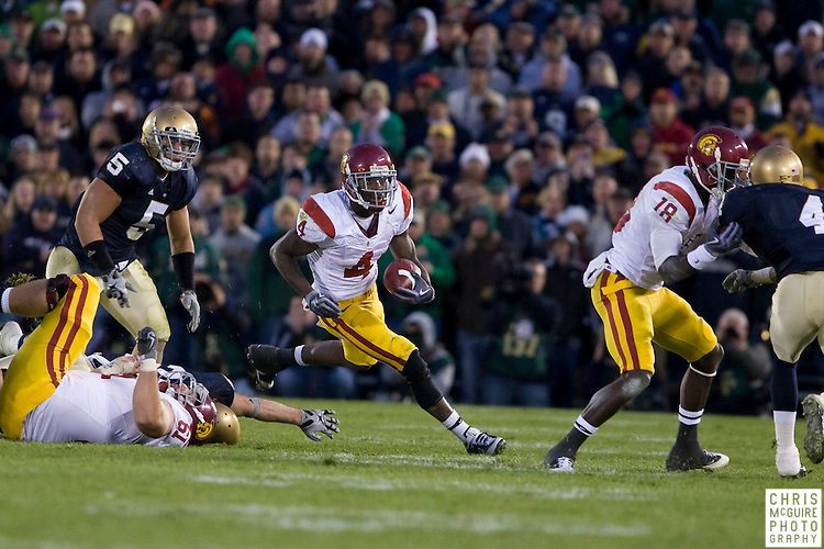 10/17/09 - South Bend, IN:  USC running back Joe McKnight finds some running room at Notre Dame Stadium on Saturday.  USC won the game 34-27 to extend its win streak over Notre Dame to 8 games.  Photo by Christopher McGuire.