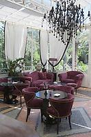 """Europe/Provence-Alpes-Côte d'Azur/83/Var/Saint-Tropez: Hotel-Restaurant """"La Mistralée"""" situé dans la demeure du coiffeur Alexandre- le bar"""