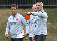 Trainer Adi Hütter (Eintracht Frankfurt) mit Co-Trainer Christian Peintinger (Eintracht Frankfurt) und Co-Trainer Armin Reuthershahn (Eintracht Frankfurt) - 28.08.2018: Eintracht Frankfurt Training, Commerzbank Arena, DISCLAIMER: DFL regulations prohibit any use of photographs as image sequences and/or quasi-video.