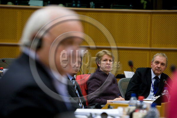 BRUSSELS - BELGIUM - 23 JANUARY 2008 -- In the front of the picture rapporteur and MEP Bernard LEHIDEUX speaking. Muriel DUNBAR, Director for European Training Foundation and Bent SOERENSEN, Head of Communication for ETF, listening.   Photo: Erik Luntang/EUP-IMAGES/