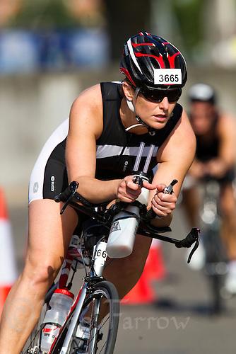 31 JUL 2011 - LONDON, GBR - Monica MacLeod - Virgin Active London Triathlon (PHOTO (C) NIGEL FARROW)