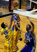 James Ross and Jamie Blake defend against Wellington's Kevin Owens during the NBL Basketball match between Wellington Saints and Otago Nuggets at TSB Bank Arena, Wellington, New Zealand on Sunday, 30 March 2008. Photo: Dave Lintott / lintottphoto.co.nz