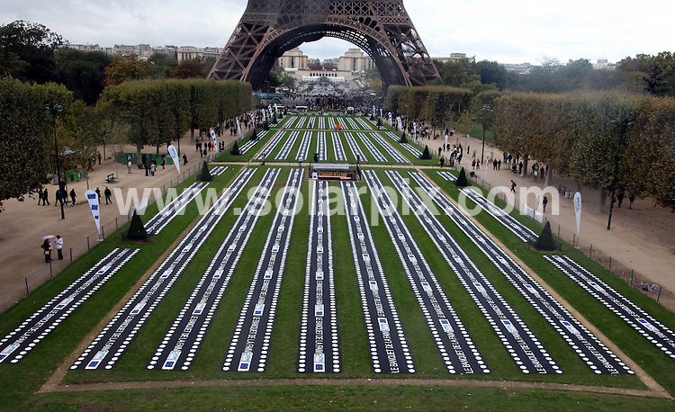 **ALL ROUND PICTURES FROM SOLARPIX.COM**                                             **WORLDWIDE SYNDICATION RIGHTS EXCEPT SPAIN & SOUTH AMERICA - NO SYNDICATION IN SPAIN OR SOUTH AMERICA**                                                                                  Caption:    Ten thousand empty plates were lined up in rows on the Champ de Mars next to the Eiffel Tower in Paris on Saturday to mark World Food Day. ... to draw attention to the 10000 children who die each day of malnutrition                                                                           This pic:   Plates at the Eiffel Tower                                                                                           JOB REF:    12326    MPA       DATE:   17.10.10                                                         **MUST CREDIT SOLARPIX.COM OR DOUBLE FEE WILL BE CHARGED**                                                                      **MUST AGREE FEE BEFORE ONLINE USAGE**                               **CALL US ON: +34 952 811 768 or LOW RATE FROM UK 0844 617 7637**