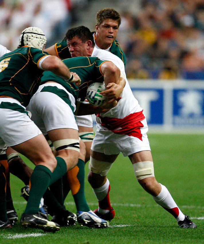 Photo: Richard Lane/Richard Lane Photography..England v South Africa. Pool A, IRB Rugby World Cup, RWC 2007. 14/09/2007. .England's captain, Martin Corry makes a tackle.